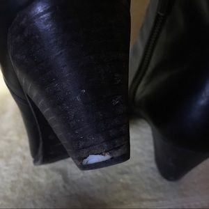 Frye Shoes - Frye Black Leather Booties, Size 7-7.5